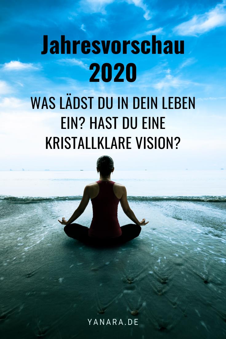Was erwartet uns 2020? Welche Themen und Herausforderungen kommen auf uns zu? Für diejenigen, die ihre Bereitschaft gegeben haben, wird 2020 ein Jahr der reichen Ernte. Sie werden auf ihre Position gezogen. Dorthin, wo ihre Fähigkeiten und Potenziale ins Blühen kommen. #jahresvorschau #zeitqualität #channeling #botschaftdergeistigenwelt #spiritualität #bewusstsein